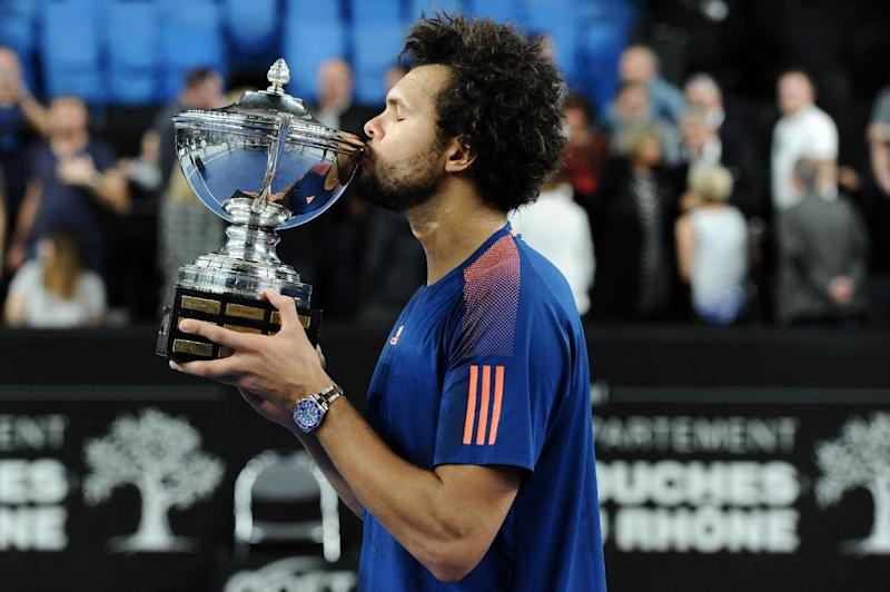 Tennis - Red-hot Tsonga wins Marseille Open