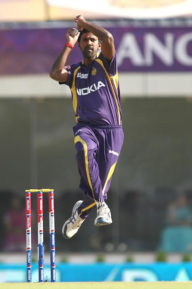 Lakshmipathy Balaji of Kolkata Knight Riders sends down a delivery during match 65 of the Pepsi Indian Premier League between The Kolkata Knight Riders and the Pune Warriors India held at the JSCA International Stadium Complex, Ranchi, India on the 15th May 2013..Photo by Shaun Roy-IPL-SPORTZPICS    ..Use of this image is subject to the terms and conditions as outlined by the BCCI. These terms can be found by following this link:..https://ec.yimg.com/ec?url=http%3a%2f%2fwww.sportzpics.co.za%2fimage%2fI0000SoRagM2cIEc&t=1506172772&sig=7npRf7Tsb.96g6lb6kalmA--~D