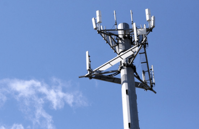 freedom mobile lte rollout advanced cell tower