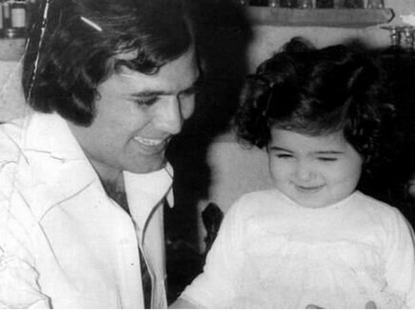 Twinkle Khanna's childhood picture with her late father Rajesh Khanna (Image source: Instagram)