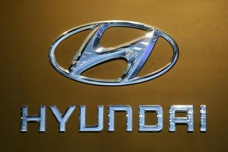 The logo of Hyundai is pictured at at the 37th Bangkok International Motor Show in Bangkok, Thailand, March 22, 2016. REUTERS/Chaiwat Subprasom