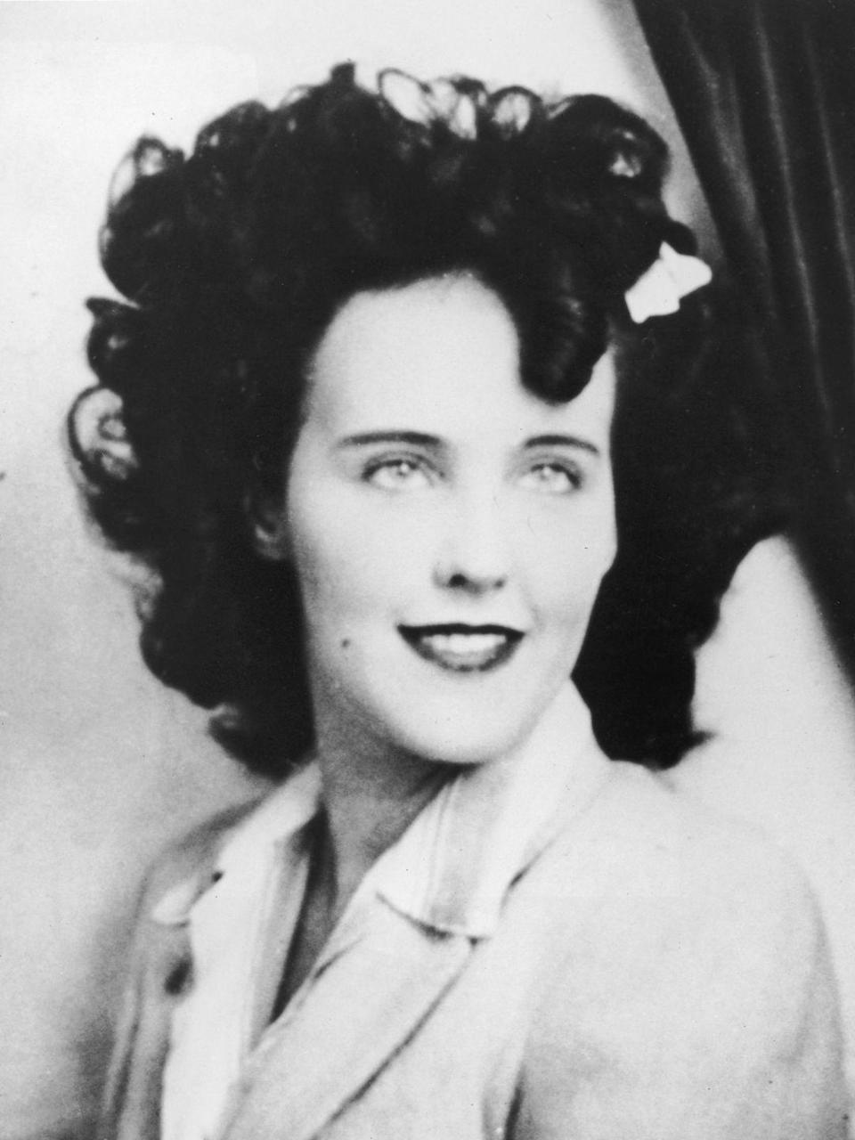 "<p>Hollywood is known to harbor plenty of dark and disturbing secrets, but the murder of The Black Dahlia is the stuff of Hollywood legend. <a href=""https://www.fbi.gov/history/famous-cases/the-black-dahlia"" rel=""nofollow noopener"" target=""_blank"" data-ylk=""slk:According to the FBI"" class=""link rapid-noclick-resp"">According to the FBI</a>, ""On the morning of January 15, 1947, a mother taking her child for a walk in a Los Angeles neighborhood stumbled upon a gruesome sight: the body of a young naked woman sliced clean in half at the waist."" The woman who discovered the body believed it was a mannequin at first, as there was hardly any blood on the scene. (continued) </p>"