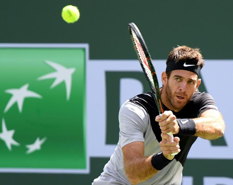 Juan Martin Del Potro handed Roger Federer his first match defeat of 2018 and extended his own win streak to 11 matches