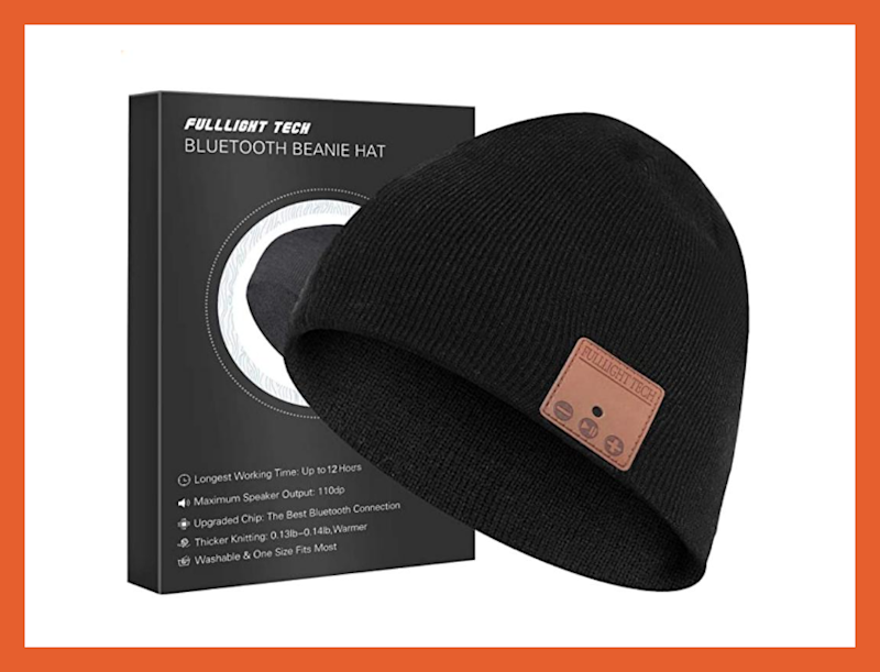 Ahorra 2 dólares: gorro con auriculares inalámbricos Full Light Tech. (Foto: Amazon)