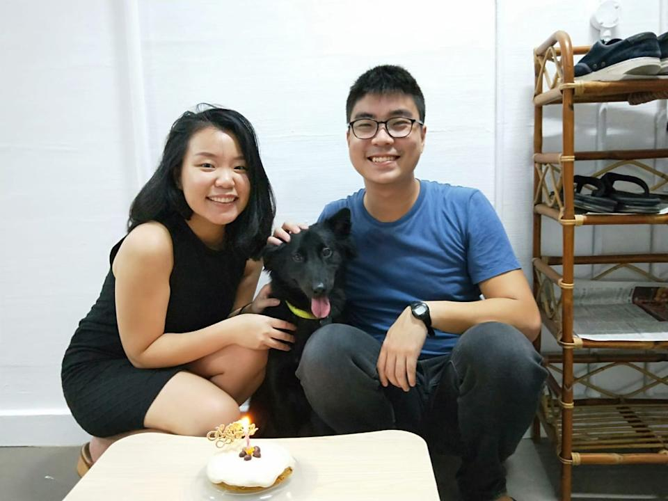 Chen Mei Hui and her boyfriend Oh Chin Ying, both 27, with Rosie, the Singapore Special they rescued in 2019. (PHOTO: rosie.theposie Instagram account)