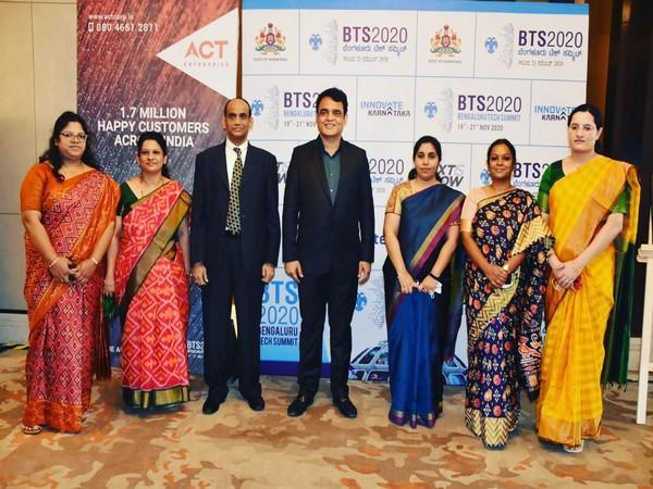 Deputy Chief Minister Ashwath Narayan (centre) along with other officials at BTS 2020 event in Bengaluru. (Photo/ANI)