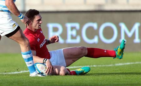 Rugby Union - June Internationals - Argentina v Wales - San Juan del Bicentenario Stadium, San Juan, Argentina - June 9, 2018 - Wales' George North scores a try. REUTERS/Diego Lima