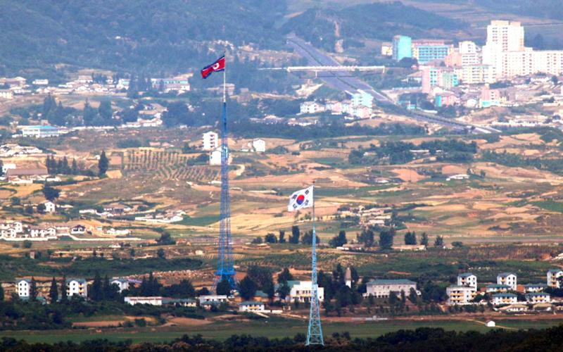 North Korea is gearing up to send propaganda leaflets over its southern border - Yonhap