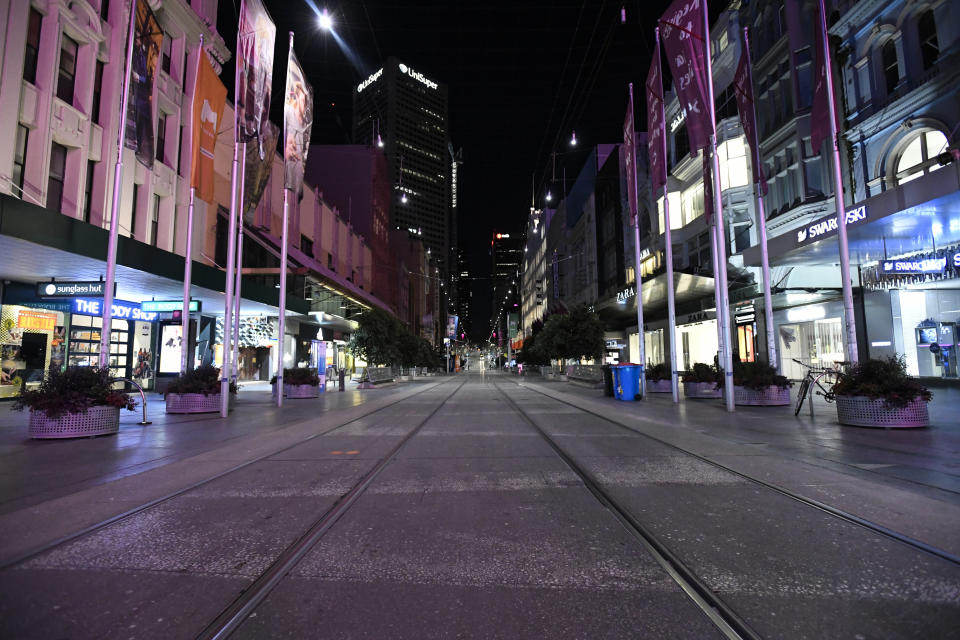 Bourke Street Mall on Sunday night as the new curfew kicked in. Source: AAP