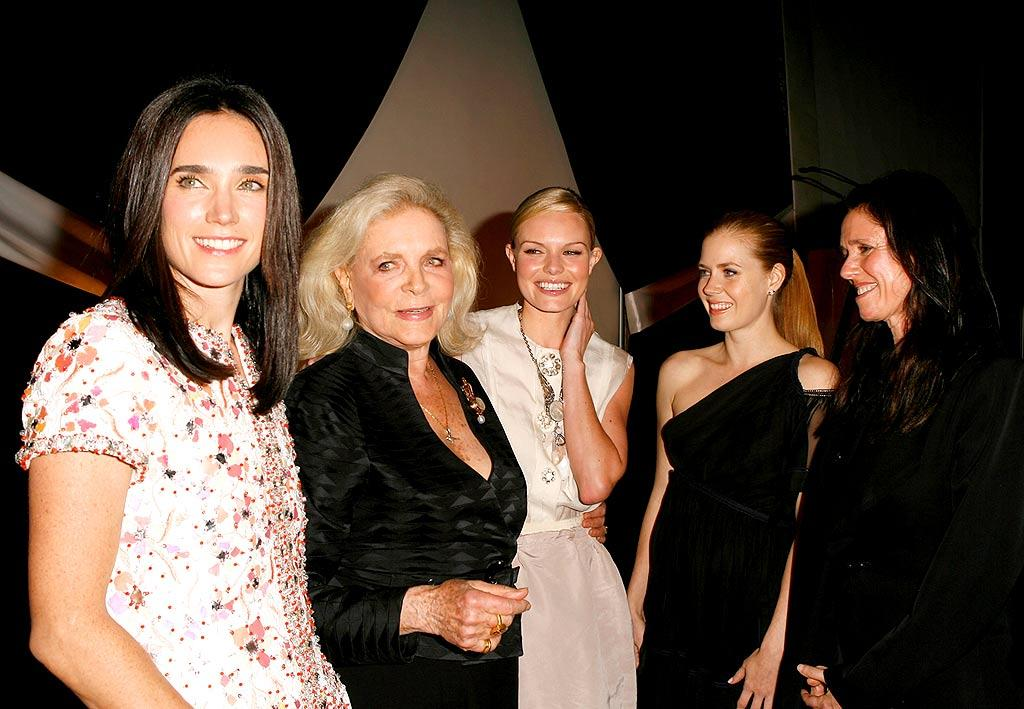 """Elle honorees Jennifer Connelly, Lauren Bacall, Kate Bosworth, Amy Adams, and director Julie Taymor shared a laugh. Jeff Vespa/<a href=""""http://www.wireimage.com"""" target=""""new"""">WireImage.com</a> - October 15, 2007"""