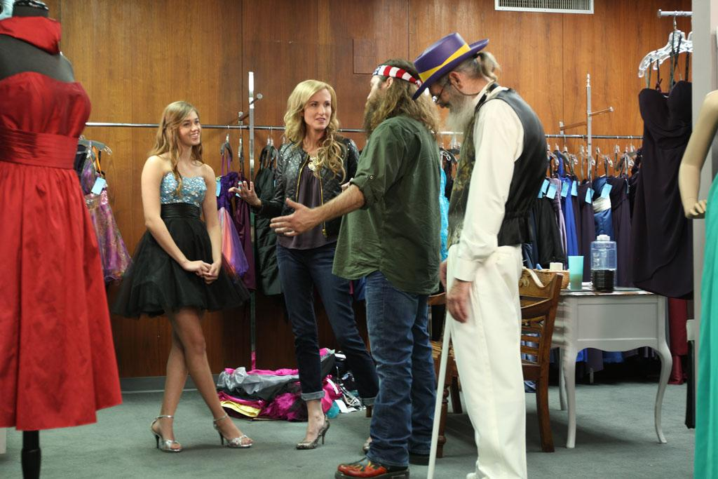 "Sadie Robertson, Korie Robertson, Willie Robertson and Si Robertson in the ""Duck Dynasty"" Season 3 episode, ""Duck Be a Lady."""