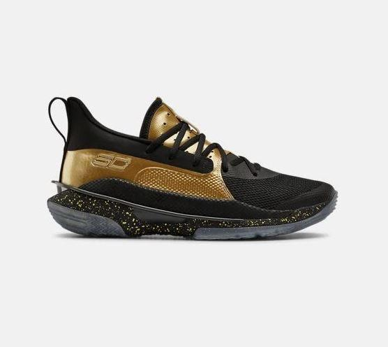 https://www.underarmour.tw/p3023300-002.htm#11-ItemBestSell