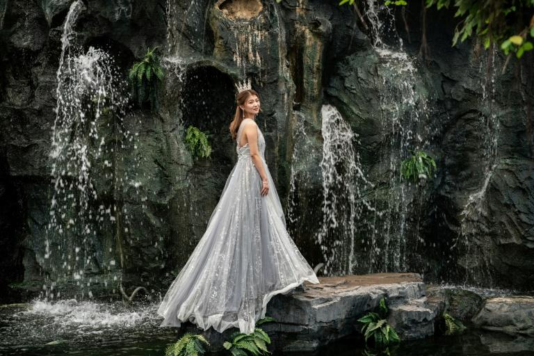 A wedding shoot centre in Beijing provides settings ranging from tropical gardens to autumnal fields, waterfalls to starlit skies