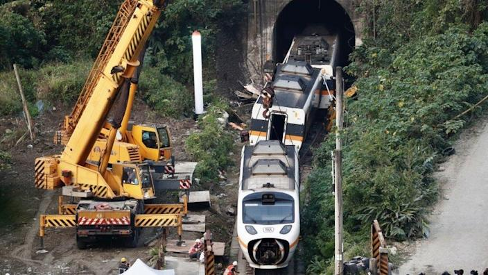 Rescue team removes passenger car north of Hualien, Taiwan on April 3, 2021