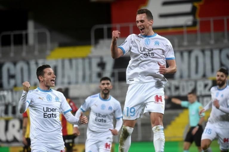 Arkadiusz Milik (R) scored his first Marseille goal since arriving on loan from Napoli