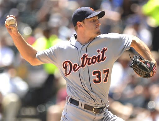 Detroit Tigers starter Max Scherzer delivers a pitch in the first inning during a baseball game against the Chicago White Sox in Chicago, Tuesday, May, 15, 2012. (AP Photo/Paul Beaty)