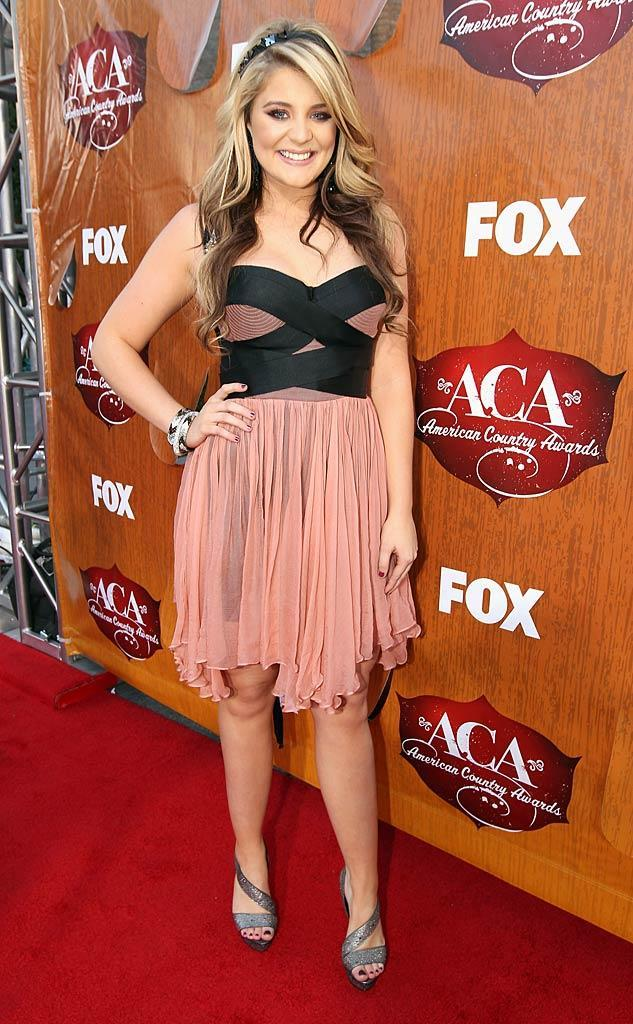 """Scotty's fellow Season 10 """"Idol"""" alum Lauren Alaina arrives at the American Country Awards held at the MGM Grand Garden Arena in Las Vegas. (12/05/2011)"""