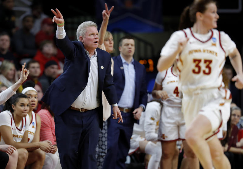 Iowa State signs women's hoops coach Fennelly through 2025