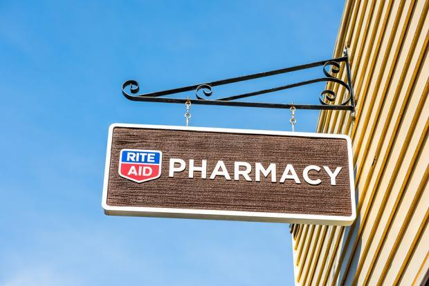 Rite Aid (RAD) is struggling as evident from its dismal earnings and sales graphs. Additionally, unfavorable trends in the generic drug market are likely to impact the company's results for fiscal 2019.