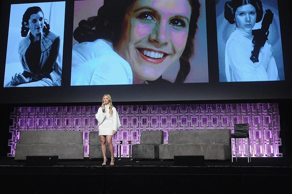 <p>Billie Lourd pays tribute to late mom Carrie Fisher. (Photo: Gerardo Mora/Getty Images) </p>