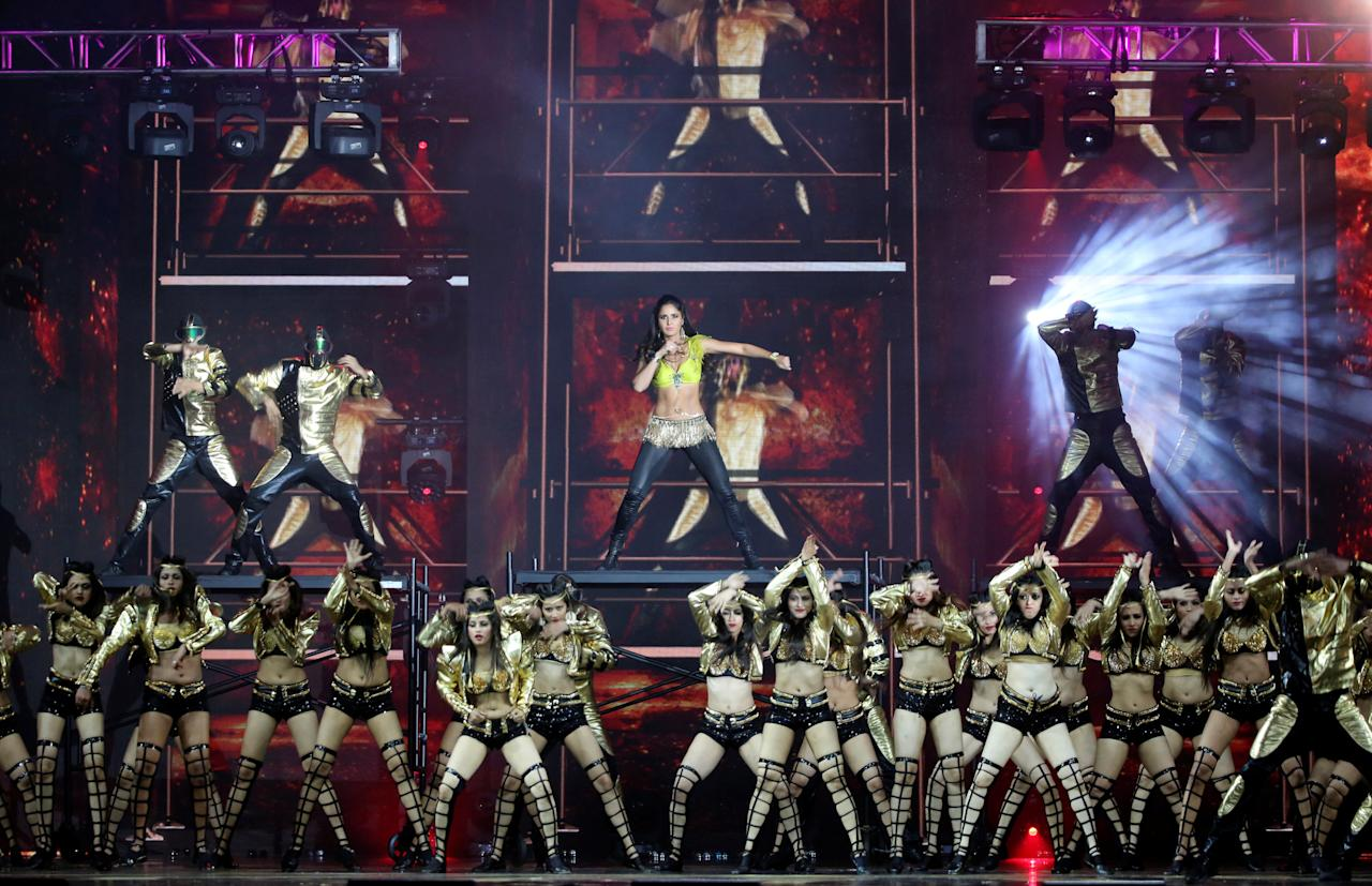 Actress, singer and dancer Katrina Kaif (C) performs at the International Indian Film Academy Awards (IIFA) show at MetLife Stadium in East Rutherford, New Jersey, U.S., July 16, 2017. REUTERS/Joe Penney