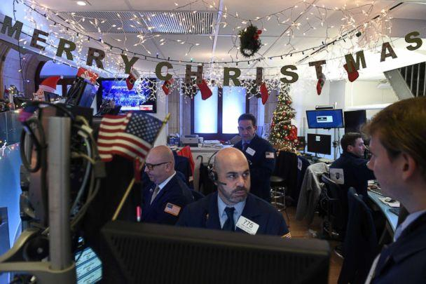 PHOTO: Traders work on the floor of the New York Stock Exchange in New York, Dec. 21, 2018. (Bryan R Smith/Reuters, FILE)