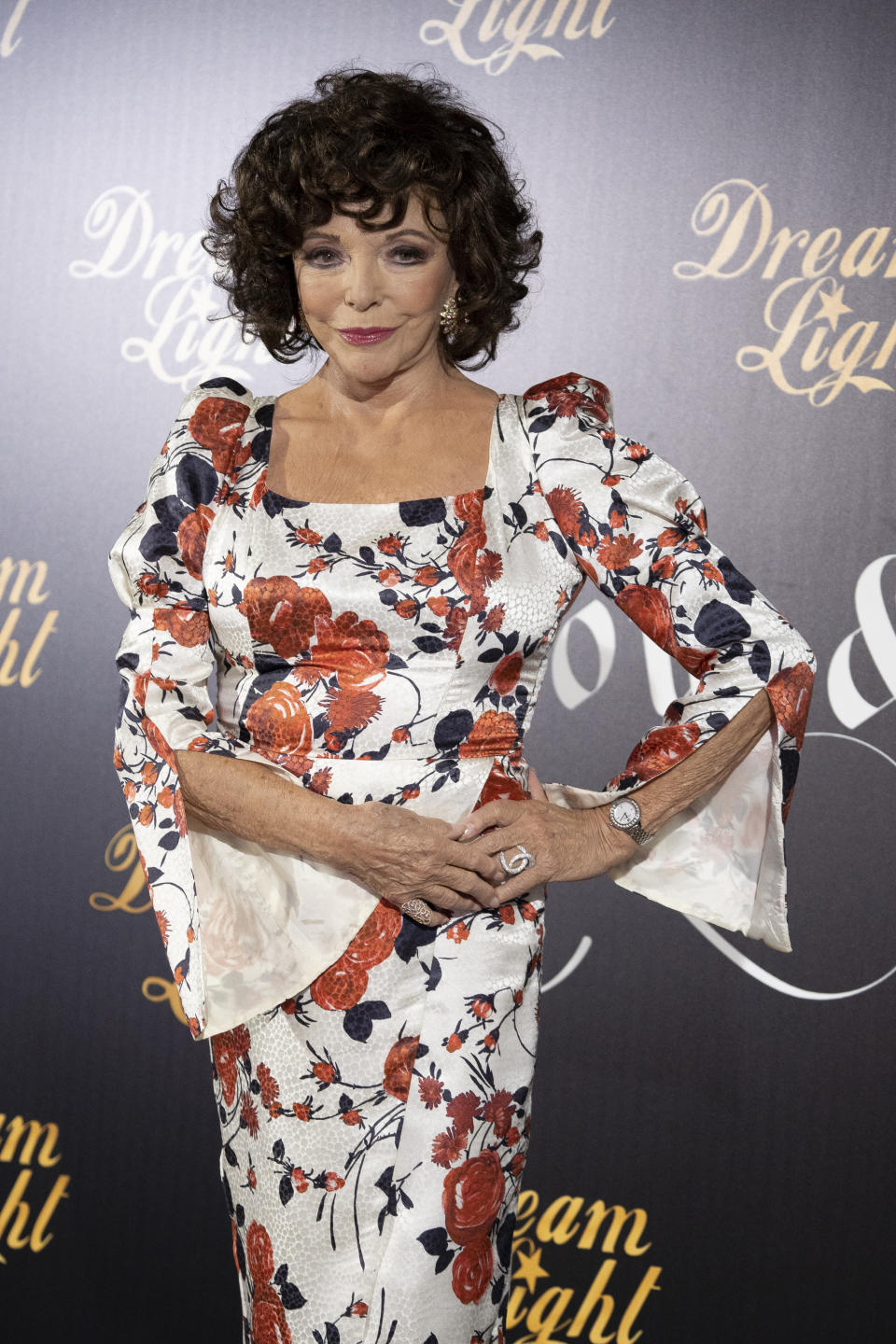 Actress Joan Collins attends ''Glow & Darkness'' photocall at the Palace Hotel on October 26, 2020 in Madrid, Spain.  (Photo by Oscar Gonzalez/NurPhoto via Getty Images)