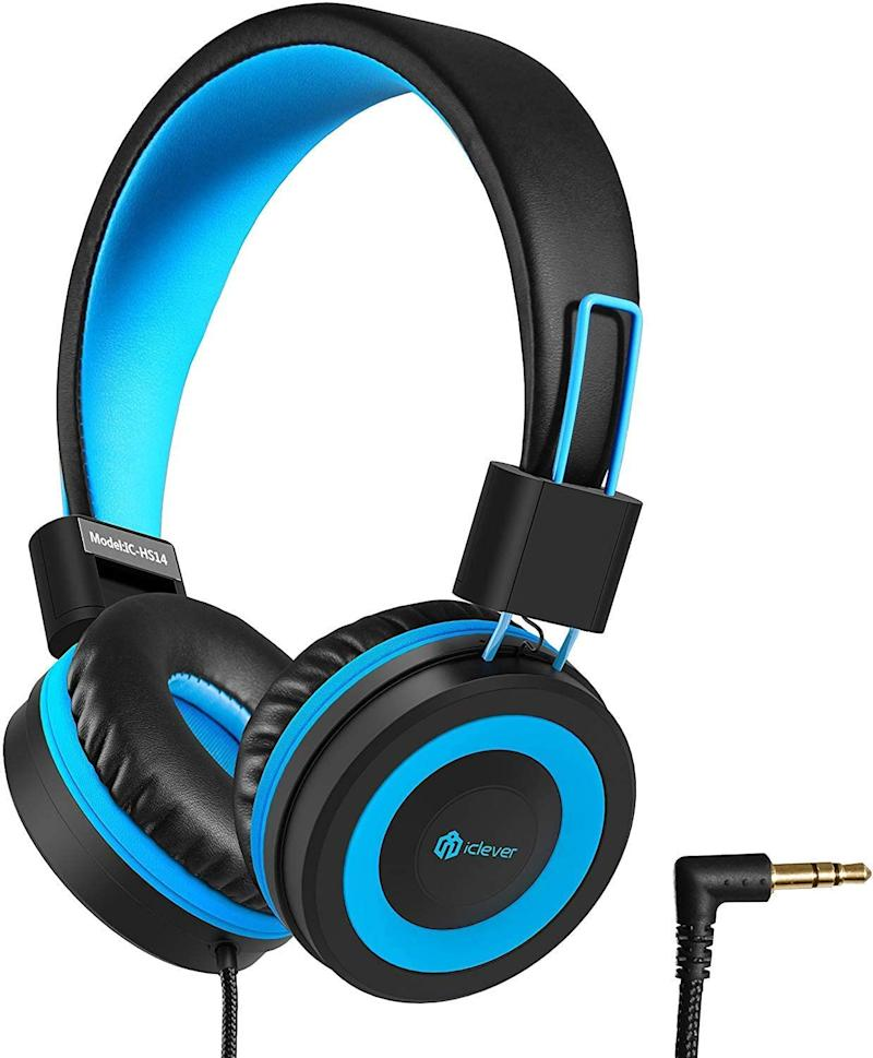 iClever HS14 Kids Headphones. Image via Amazon.
