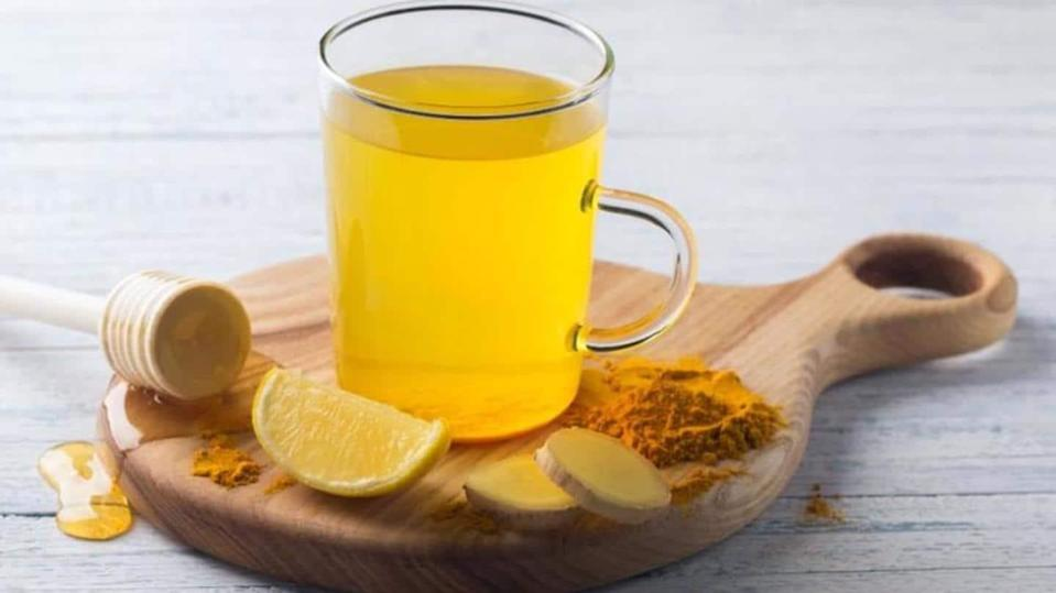 Turmeric tea: Try this potion for knocking off extra kilos