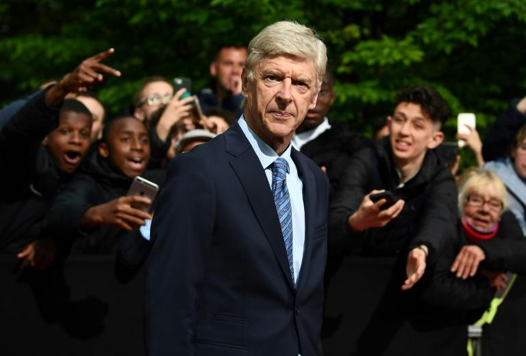 'I miss it so much' - Wenger refuses to rule out return to management