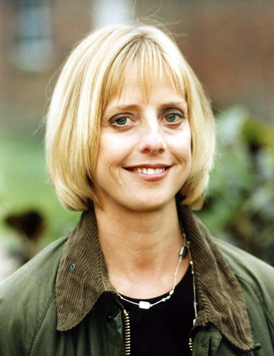 """<strong>Emma Chambers</strong><br /><strong>Actress (b. 1964)</strong><br /><br />The 53-year-old star was best-known for her role as Alice Tinker in '<a href=""""http://www.imdb.com/title/tt0108981/"""" target=""""_blank"""">The Vicar of Dibley</a>between 1994 and 2007. She also starred in<a href=""""http://www.imdb.com/title/tt0125439/"""" target=""""_blank"""">Notting Hill</a>and the TV adaptation of Martin Chuzzlewit."""