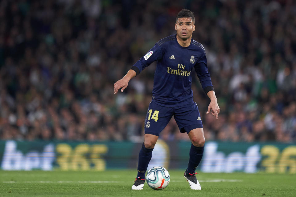SEVILLE, SPAIN - MARCH 08: Casemiro of Real Madrid in action during the La Liga match between Real Betis Balompie and Real Madrid CF at Estadio Benito Villamarin on March 08, 2020 in Seville, Spain. (Photo by Mateo Villalba/Quality Sport Images/Getty Images)