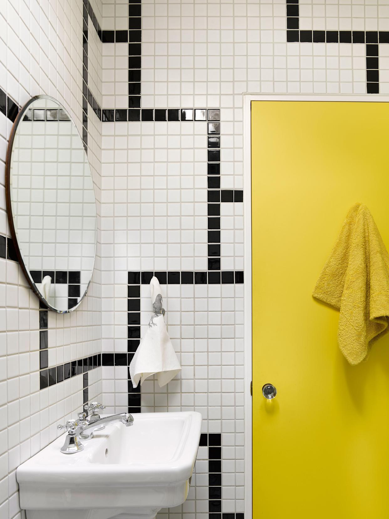 A Bathroom Tile Design Idea for Pattern-Lovers on a Budget