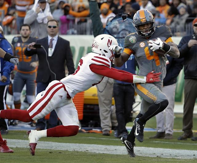 Tennessee RB John Kelly had an increased role down the stretch in 2016. Now he's the No. 1 option. (AP Photo/Mark Humphrey)