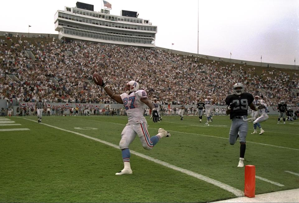 Eddie George made some noise in the Oilers' first Memphis game against Oakland. (Getty)