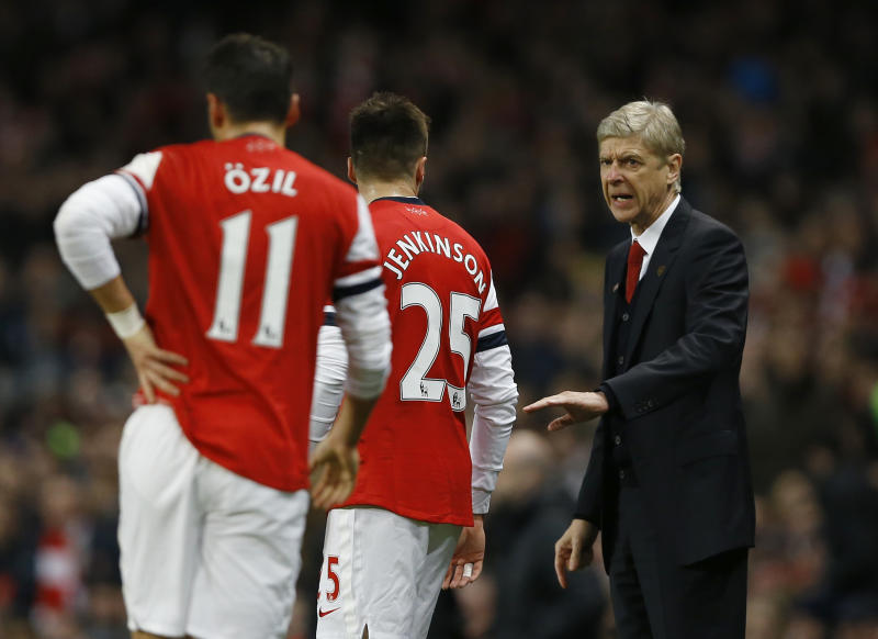Arsenal says Wenger to sign new deal with club