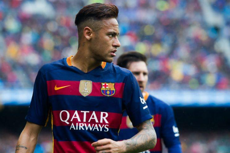 Hot Transfer Football Gossip: Man Utd and Man City 'battle for £100m Neymar', Conte and Kante 'to quit Chelsea', Tottenham 'agree to sell Walker'