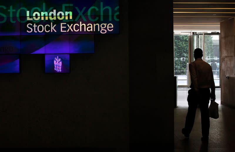 FTSE cheers easing in U.S.-Iran worries; mid-caps miss out