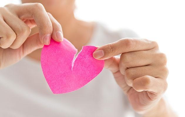 Give your marriage a chance by avoiding Valentine's Day and special date days, say experts. Photo: Getty images