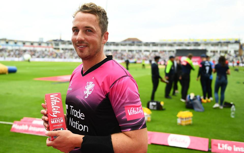 Josh Davey with his player of the match award - GETTY IMAGES