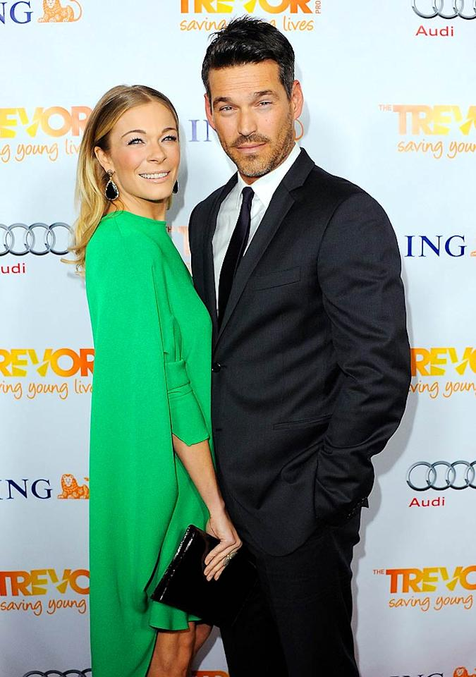"Country star LeAnn Rimes looked gorgeous in green when she arrived with actor hubby Eddie Cibrian at non-profit The Trevor Project's 2011 Trevor Live event at the Hollywood Palladium on Sunday. Apparently, LeAnn was going for a retro look. ""Soooo stepped out of the 70's tonight! LOVE it,"" she tweeted. (12/4/2011)"