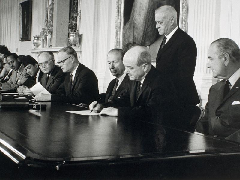signing of the Nuclear Non-Proliferation Treaty