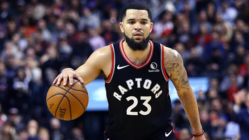 Toronto Raptors guard Fred VanVleet left Sunday's game against the Philadelphia 76ers immediately with a right knee contusion. (Vaughn Ridley/Getty Images)