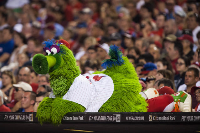 Petty, whistle-blowing Phillies aren't the only villains in 'no agent rule' saga