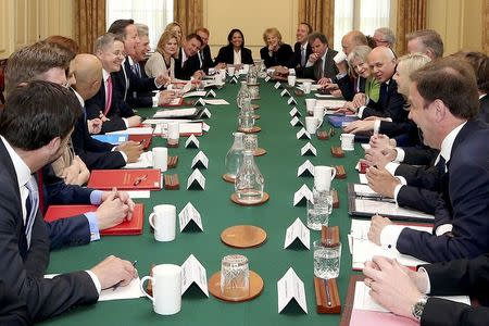 how did the british cabinet and prime minister develop 3