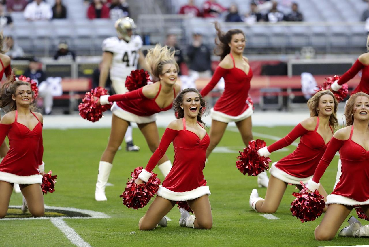 Nfl Week 15 Cheerleaders
