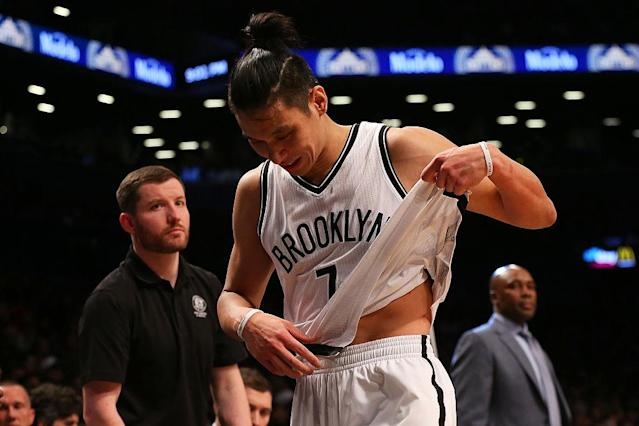 """<a class=""""link rapid-noclick-resp"""" href=""""/nba/players/4795/"""" data-ylk=""""slk:Jeremy Lin"""">Jeremy Lin</a> suffered another hamstring injury setback. (Getty Images)"""