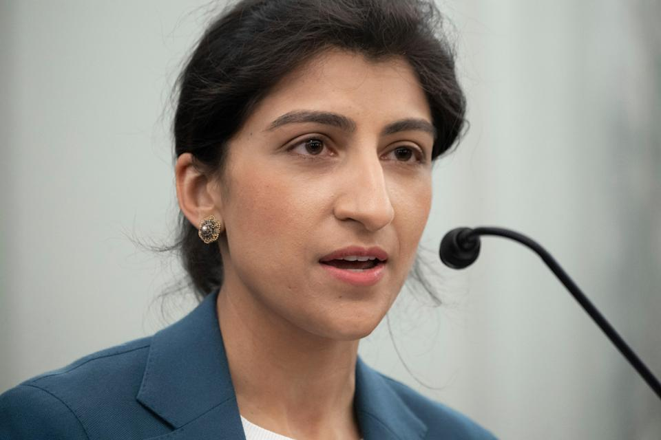 Amazon claims the new head of the Federal Trade Commission, Lina Khan, cannot fairly regulate (POOL)