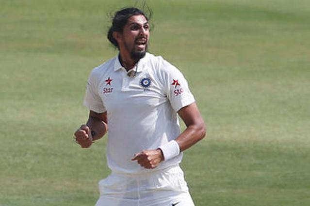 Varun Aaron and Ishant Sharma showed great form as they put in another splendid performance for their respective counties while Cheteshwar Pujara's barren run with the bat continued.