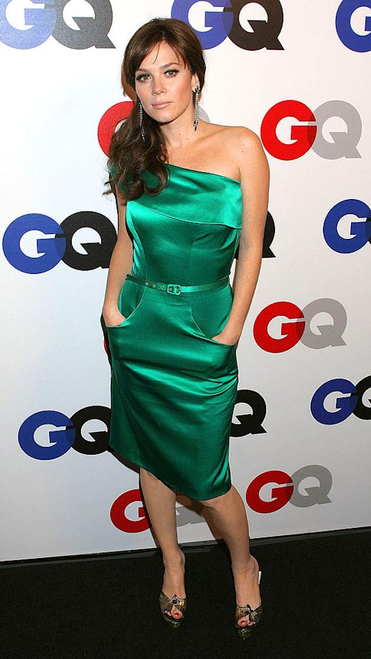 "Anna Friel of ""Pushing Daisies"" fame blooms in her strapless green gown. Carlos Diaz/<a href=""http://www.infdaily.com"" target=""new"">INFDaily.com</a> - December 5, 2007"